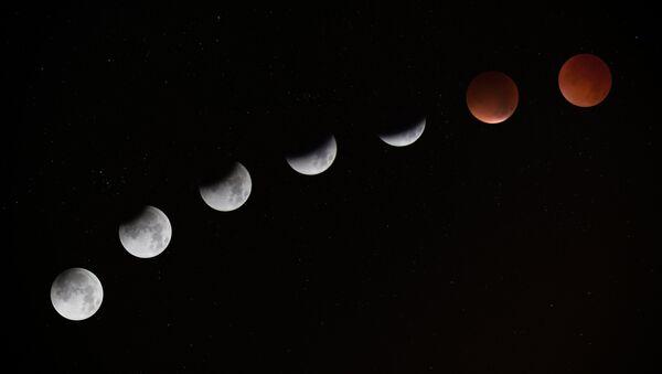 Eclipse lunar (imagen referencial) - Sputnik Mundo