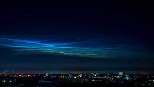 La NASA comparte vídeo de las nubes noctilucentes - Sputnik Mundo