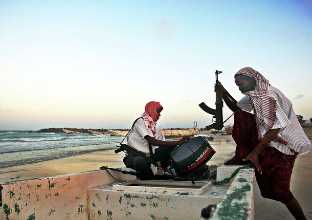 Piratas africanos (imagen referencial)