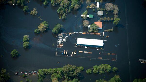 Consecuencias del huracán Florence en el estado de Carolina del Norte - Sputnik Mundo
