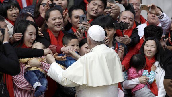 El papa Francisco en China - Sputnik Mundo