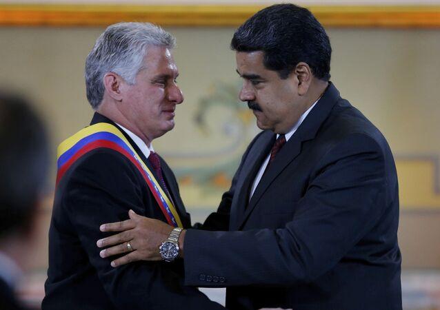 Miguel Díaz-Canel, presidente de Cuba y Nicolás Maduro, presidente de Venezuela (Archivo)