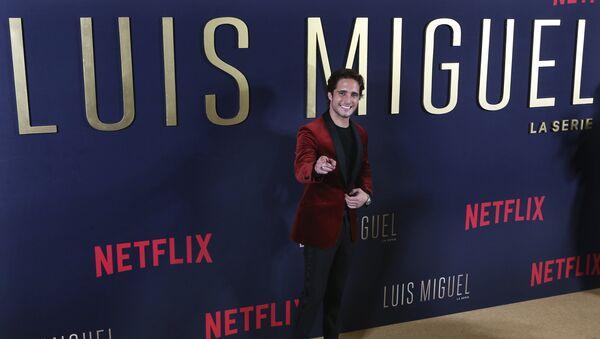 Diego Boneta, actor mexicano que interpreta a Luis Miguel en la serie de Netflix - Sputnik Mundo