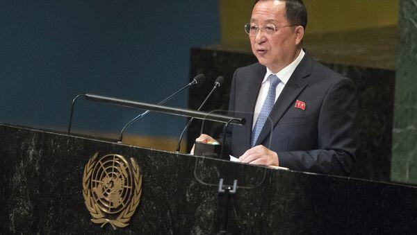 El ministro de Exteriores norcoreano, Ri Yong Ho - Sputnik Mundo