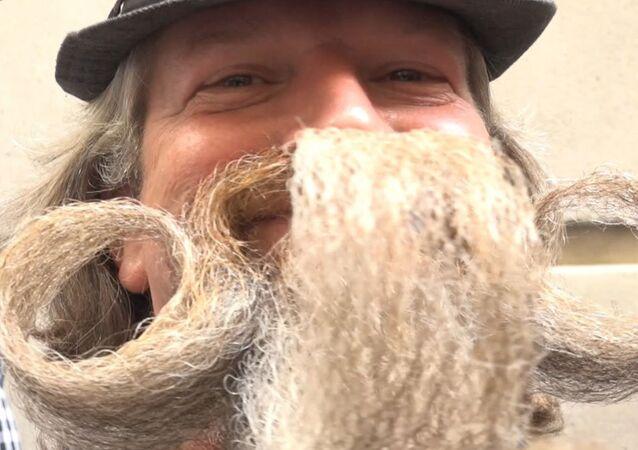 Un campeonato en EEUU reúne las barbas más creativas e insólitas del planeta