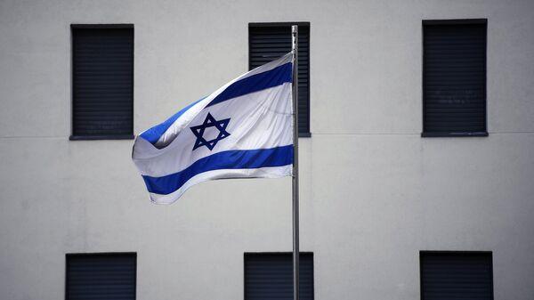 Bandera de Israel en el edificio de la Embajada israelí en Moscú (archivo) - Sputnik Mundo