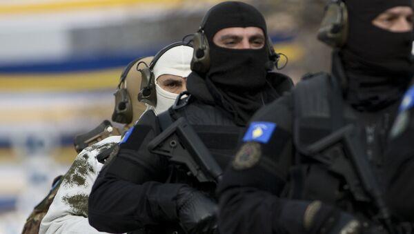 Integrantes de una unidad especial de la Policía de Kosovo (archivo) - Sputnik Mundo