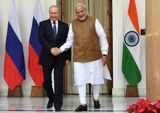 Presidente de Rusia, Vladímir Putin, y primer ministro indio, Narendra Modi (archivo)