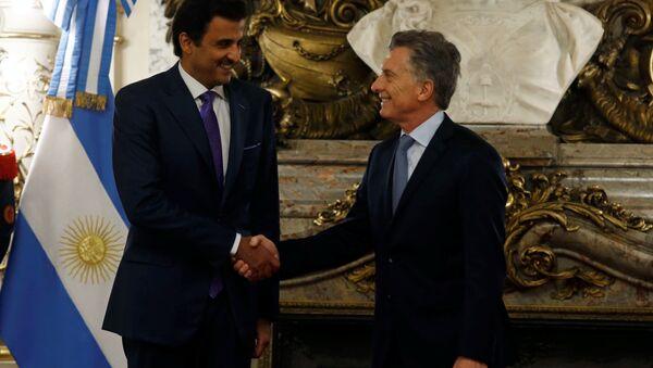 El emir de Catar, Tamim bin Hamad Thani, y el presidente de Argentina, Mauricio Macri - Sputnik Mundo