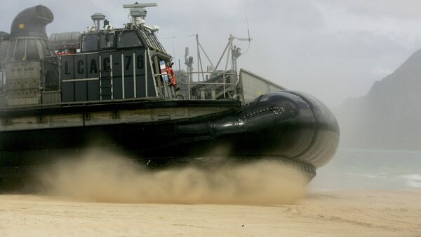 Un vehículo anfibio de EEUU - Sputnik Mundo