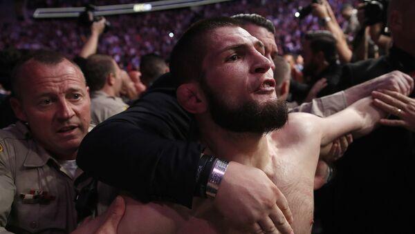 Khabib Nurmagomedov, luchador de artes marciales mixtas ruso  - Sputnik Mundo