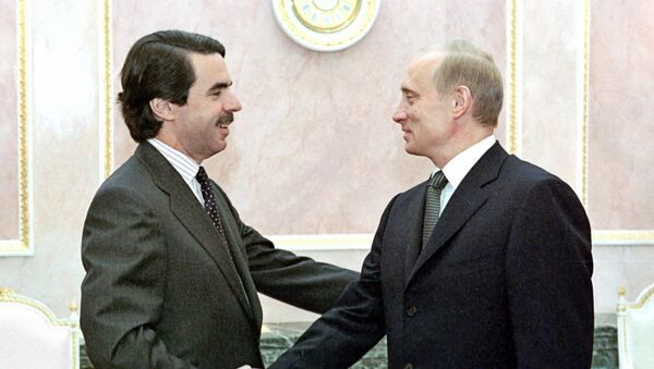 El expresidente del Gobierno de España, José María Aznar, y el presidente de Rusia, Vladímir Putin (archivo) - Sputnik Mundo