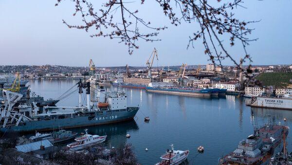 Puerto de Sebastopol - Sputnik Mundo