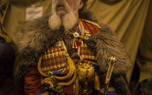 El traje de un cosaco ucraniano (imagen referencial) - Sputnik Mundo