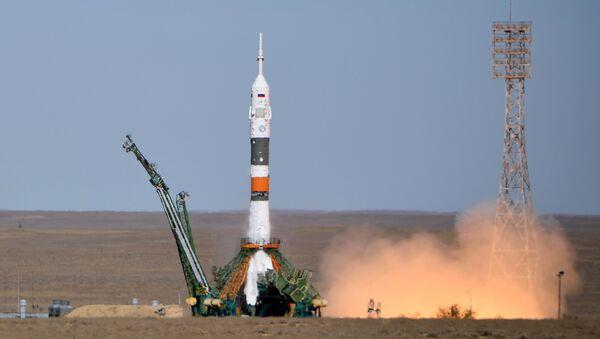 Lanzamiento del Soyuz-MS-10 - Sputnik Mundo