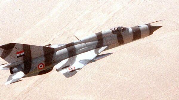 Un MiG-21 de las Fuerzas Aéreas de Egipto - Sputnik Mundo