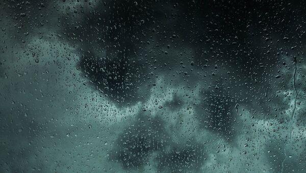 Lluvia (imagen referencial) - Sputnik Mundo