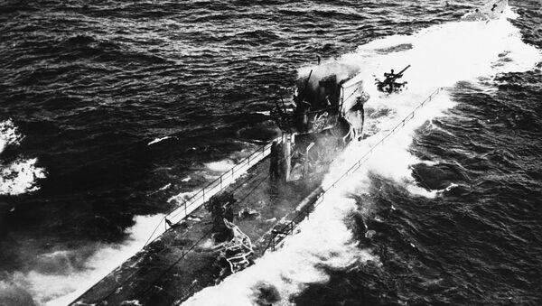 Un submarino nazi durante la Segunda Guerra Mundial, imagen referencial - Sputnik Mundo