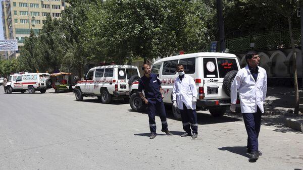 Unas ambulancias en Afganistán, imagen referencial - Sputnik Mundo