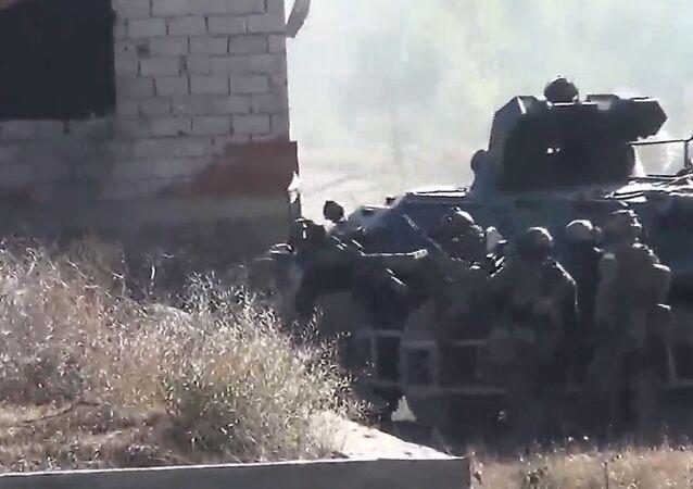 Agentes rusos desmantelan un refugio de terroristas de ISIS en Daguestán