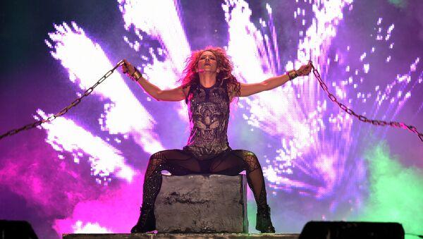 Shakira en su concierto en México - Sputnik Mundo