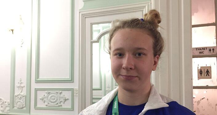 Anastasia Makarova, integrante del equipo juvenil de natacion de Rusia