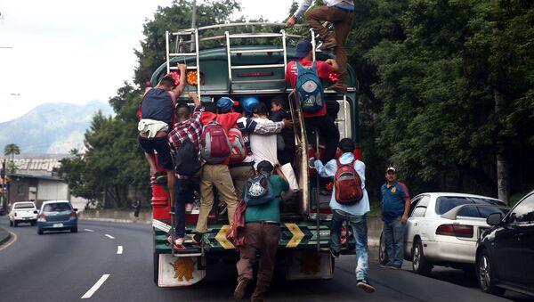 Migrantes hondureños - Sputnik Mundo