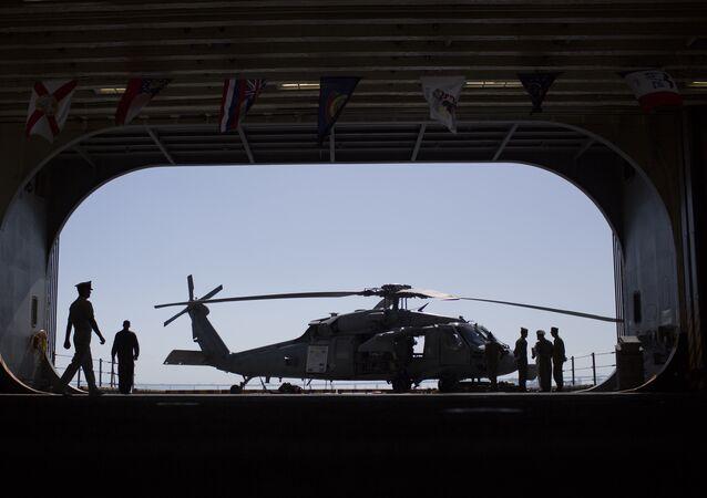 Helicóptero Sikorsky MH-60 Seahawk de la Marina de Guerra de EEUU (archivo)