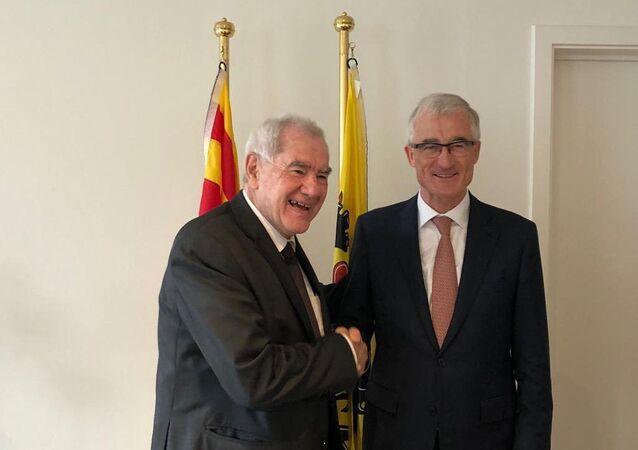 El consejero de Exteriores de la Generalitat, Ernest Maragall, y el presidente de Flandes, Geert Bourgeois