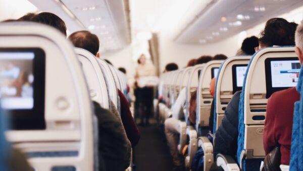 Un avión de pasajeros (imagen ilustrativa) - Sputnik Mundo