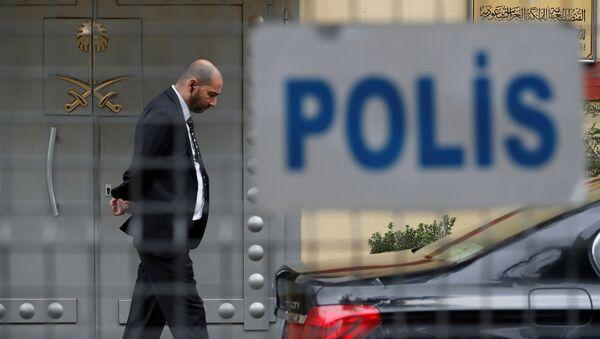 La entrada del consulado de Arabia Saudí en Estambul, Turquía - Sputnik Mundo