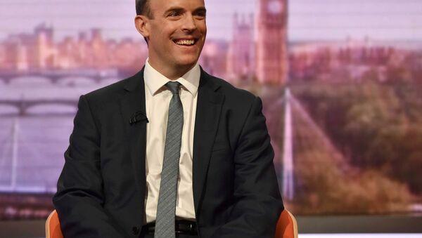 El ministro para el Brexit, Dominic Raab - Sputnik Mundo