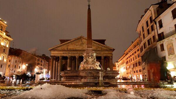 Roma, después de lluvias y granizo fuertes - Sputnik Mundo
