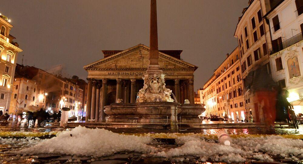 Roma, después de lluvias y granizo fuertes
