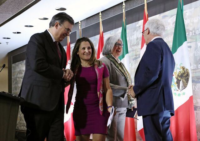 Marcelo Ebrard, Chrystia Freeland, Graciela Márquez y Jim Carr