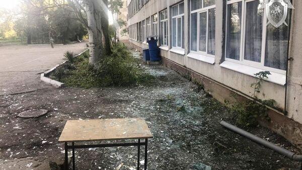 Edificio del politécnico de Kerch tras la explosión - Sputnik Mundo