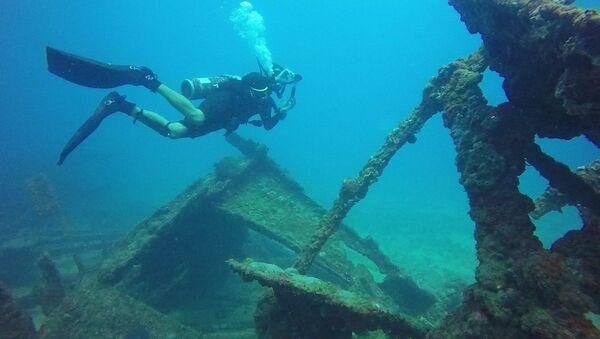 Los restos de un barco hundido (imagen ilustrativa) - Sputnik Mundo