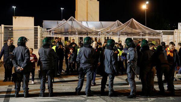 Las fuerzas del orden cerca del Estadio Olímpico en Roma - Sputnik Mundo