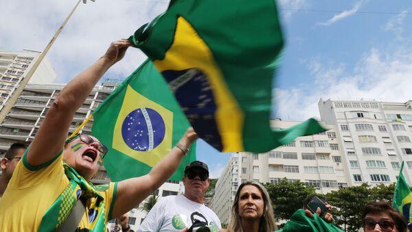Segidores del ultraderechista Jair Bolsonaro - Sputnik Mundo