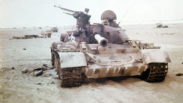 Un tanque destruido durante la guerra de Yom Kipur - Sputnik Mundo