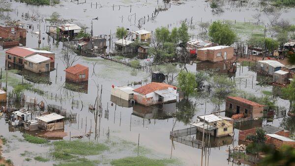 Inundación en las afueras de Asunción - Sputnik Mundo