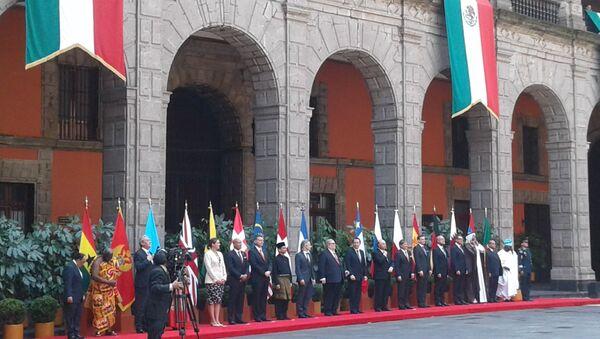 Los 17 embajadores que presentaron cartas credenciales al Gobierno mexicano - Sputnik Mundo