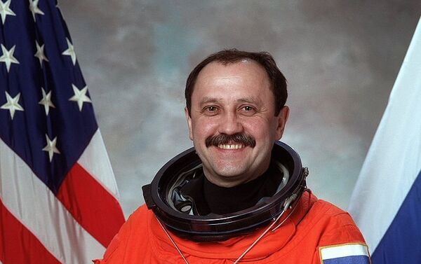 El cosmonauta ruso Yuri Usachov - Sputnik Mundo