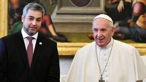 Presidente de Paraguay, Mario Abdo Benítez, y el papa Francisco - Sputnik Mundo