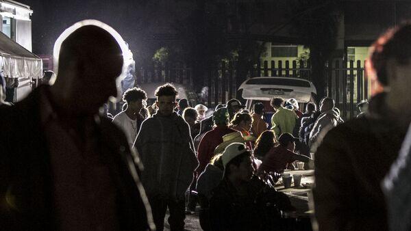 Éxodo centroamericano toma la cena ofrecida por el puente humanitario en Ciudad de México - Sputnik Mundo