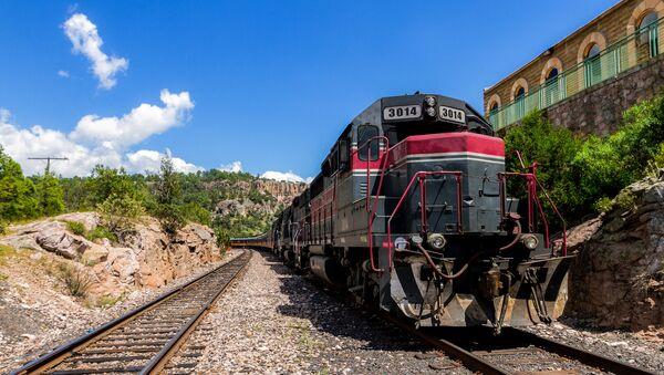Tren mexicano (imagen referencial) - Sputnik Mundo