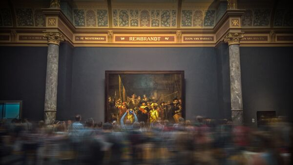 La gente en un museo (imagen referencial) - Sputnik Mundo
