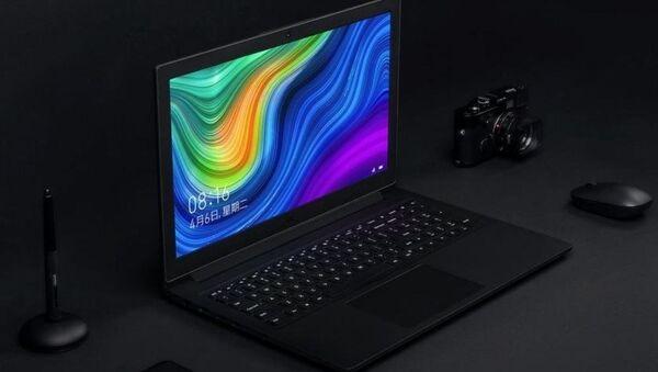 La laptop Xiaomi Mi Notebook i3 - Sputnik Mundo