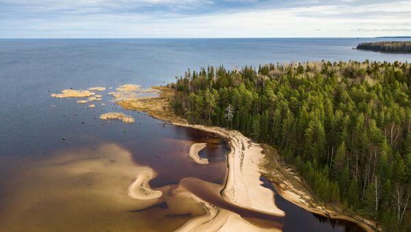 La hipnótica belleza del lago ruso Onega - Sputnik Mundo