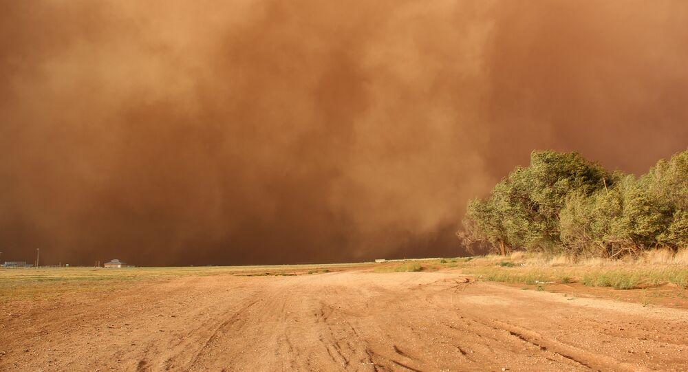 Una tormenta de polvo